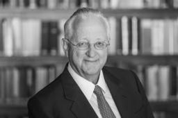 Dr. Norbert Seeger
